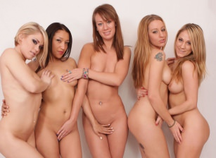 Amber Ashlee, Ash Hollywood, Lizzy London, Marissa Banks, Vicki Chase
