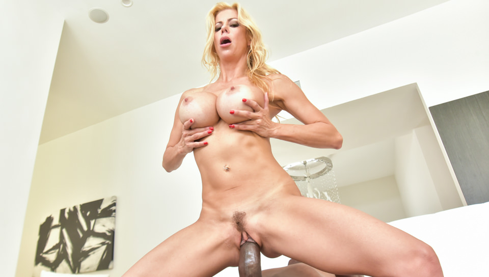 Download HardX - Alexis Fawx Meets Mandingo