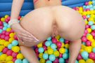 Ball Pit Fun! picture 22
